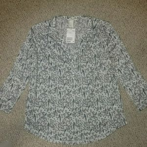 NWT Bird-Patterned Blouse H&M